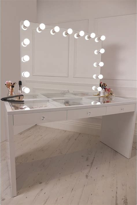 light up vanity table 25 best ideas about dressing table modern on