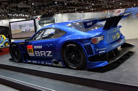 subaru brz body subaru brz joins its toyota sibling at the tokyo motor