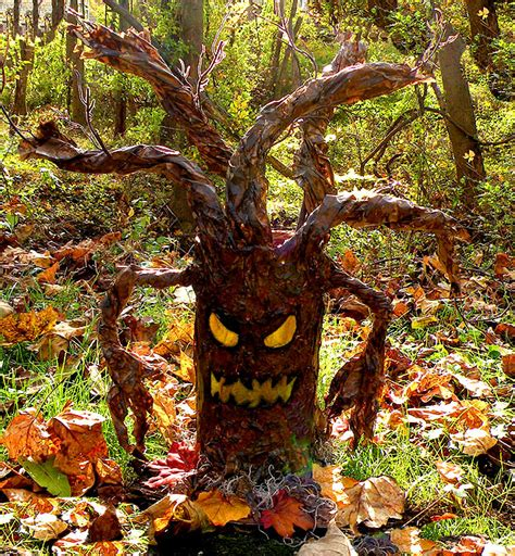 how to make trees collection how to make spooky trees pictures