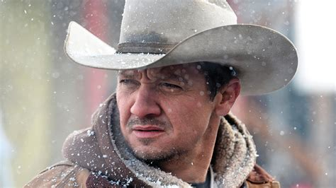 cowboy film modern jeremy renner keen to work with taylor sheridan again