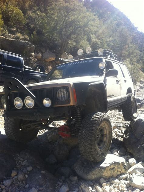 Jeep 55 S anybody running 32 s with 3 55 s and a ax 15 jeep