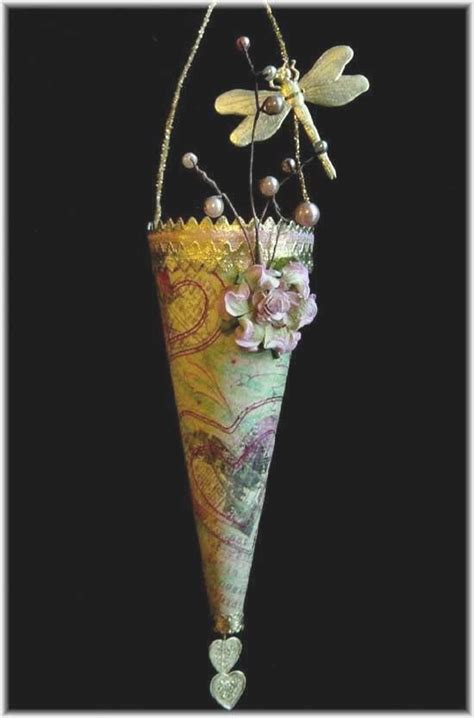 Craft Paper Cones - 272 best images about tussy mussy tussie mussie cones