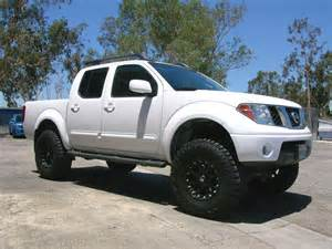 Nissan Frontier 3 Lift Nissan Frontier With Fabtech 6 171 Icon Vehicle Dynamics