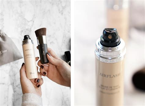 Diorskin Airflash by The Base With Diorskin Airflash Spray Foundation
