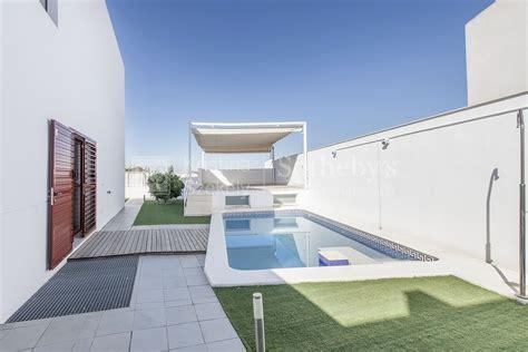casa en montequinto chalet independiente de exclusivo dise 241 o y piscina en los