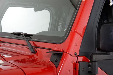 97 Jeep Wrangler Windshield Quadratec 174 Windshield Light Mounting Bracket For 97 06