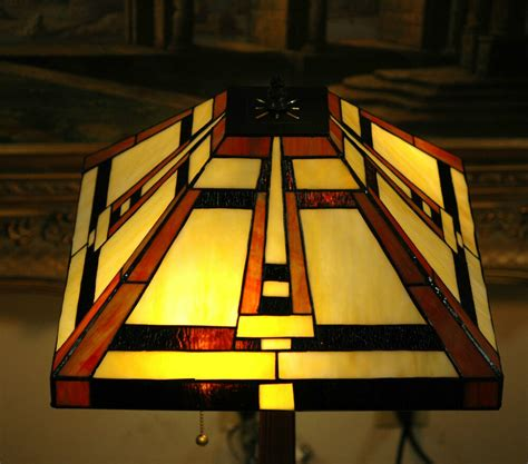 Stained Glass Desk Ls by 14 5 Quot W Mission Style Stained Glass Style Zinc Base