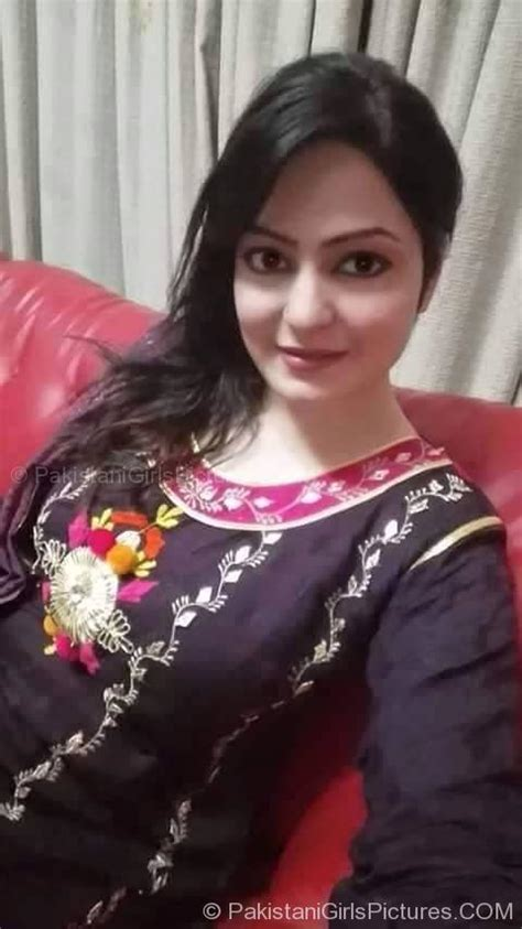 aunty ko bathroom me choda pakistani nangi larki ki video mob download