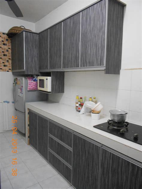 kabinet dapur warna kelabu desainrumahidcom