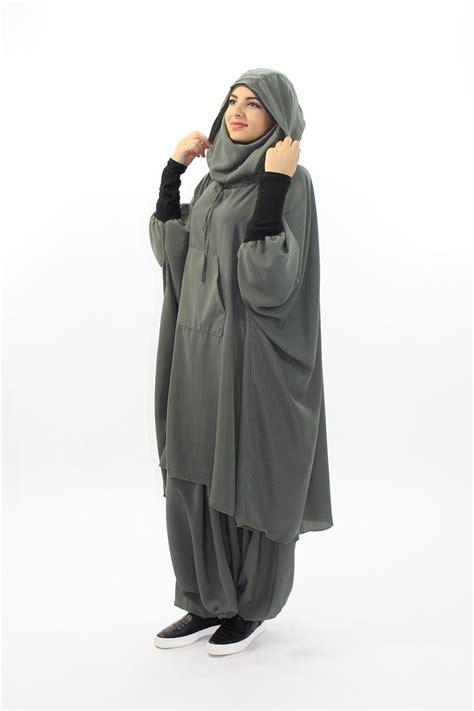 Jilbab Segiempat Denim Butterfly Jilbab Segi4 Denim Butterfly sports clothing with integrated