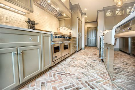 Transitional Rustic and Elegant Kitchen Remodel ? Toulmin