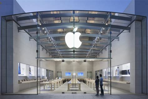 apple store apple reportedly in talks to build a 50 million flagship