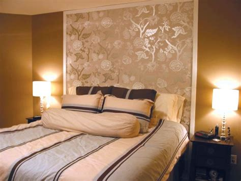 Wallpaper Headboards by Wallpaper Headboard Bedroom Ideas