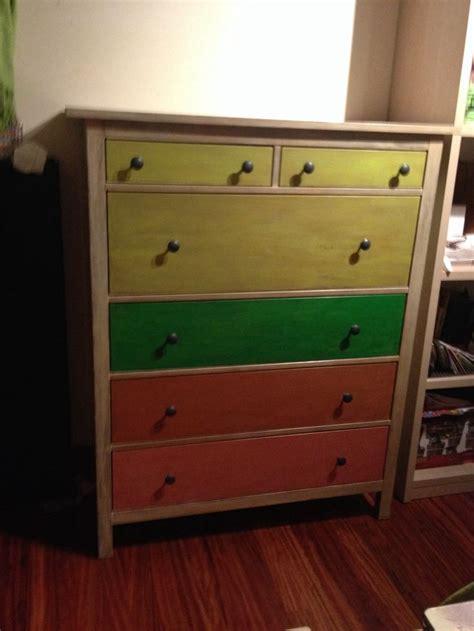 chalk paint sobre mueble barnizado 17 mejores im 225 genes sobre muebles pintados y decorados por