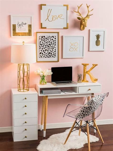 desk decor best 25 desk ideas on desk organization room decor and desk decor