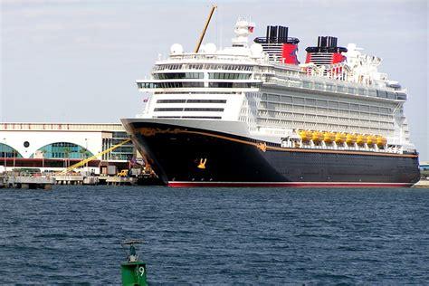 disney dream wallpaper disney dream cruise ship wallpaper wallpapersafari