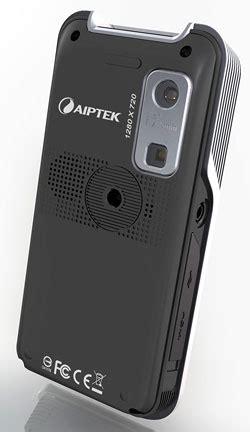 Proyektor Mini Aiptek Pocket Cinema Z20 pico projektor pocketcinema z20 aiptek photoscala