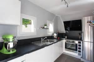 Exceptionnel Cuisine Blanche Et Noir #6: 38361-cuisine-moderne-cuisine-blanche-noir-et.jpg