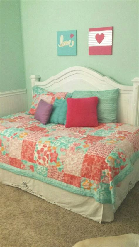 Diy Daybed Headboard by 17 Best Ideas About Diy Daybed On Daybeds Diy