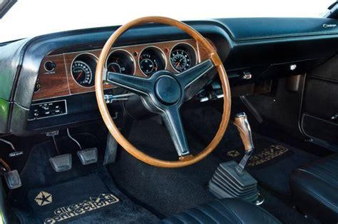 electric power steering 1970 dodge charger instrument cluster http image hotrod com f 125713424 w660 h495 q80 re0 cr1 1970 dodge challenger interior