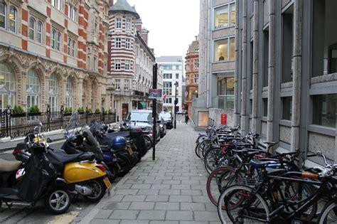 la repubblica sede ecco la sede londinese di fiat repubblica it