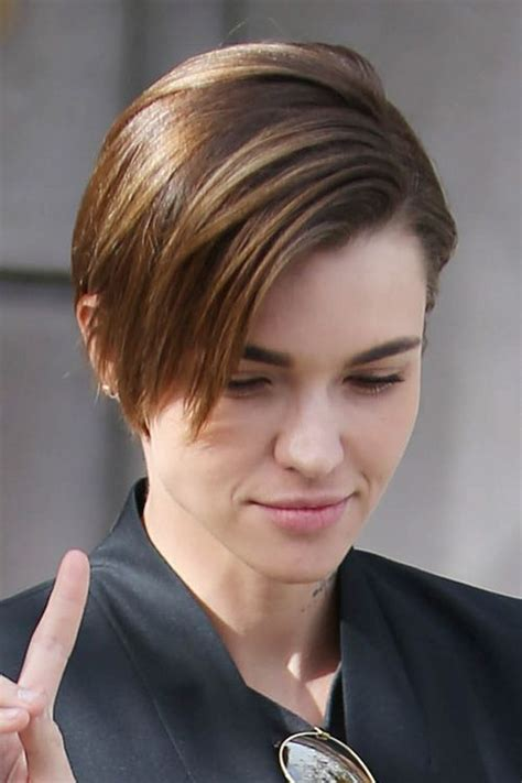ruby rose before after haircuts 1000 ideas about medium choppy hairstyles on pinterest