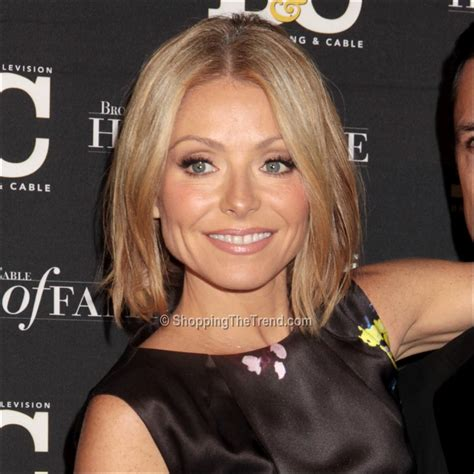 how to get hair like kelly ripa kelly ripa new haircut 2014 www pixshark com images