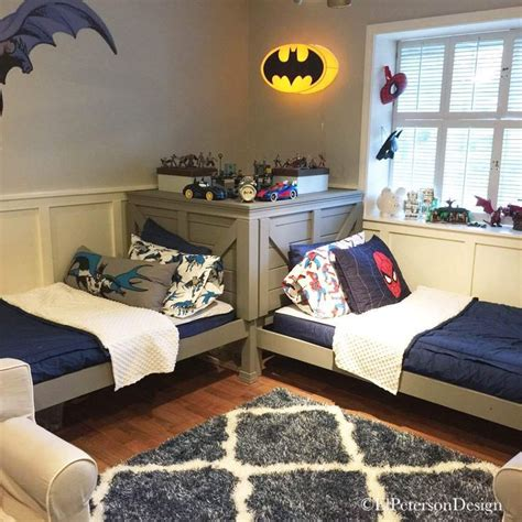boy bedroom decorating ideas pictures best 25 two beds ideas on