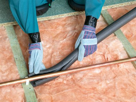 Insulating Plumbing Pipes by Protecting Your Home Against Winter Water Damage