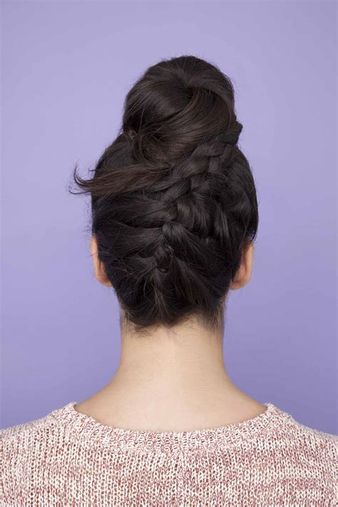 going out bun hairstyles easy going out hairstyles that you can do last minute