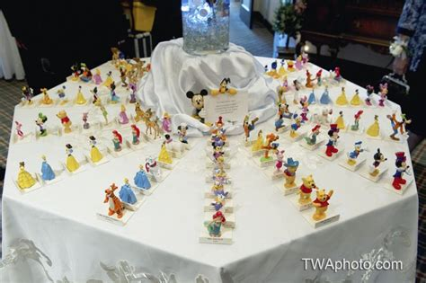 disney themed centerpieces for weddings best 10 disney wedding centerpieces ideas on