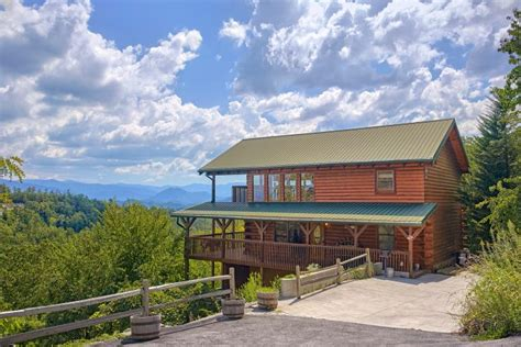lasting impression luxury pigeon forge cabin