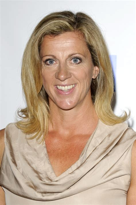 the beauty queen flip hairstyle blast from the past sally gunnell flip shoulder length hairstyles lookbook