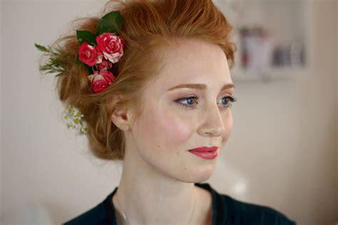 Blumen Frisur Hochzeit by Monday S Makeup 10 Frisur Mit Blumen Advance Your Style