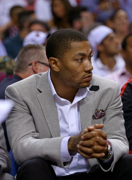 derrick rose on bench chicago bulls season lost season gained