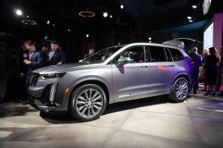 2020 Cadillac Xt6 Gas Mileage by 2020 Ford Explorer Hybrid Signals The Start Of A Big