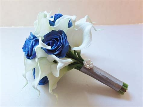 And Bridesmaids Bouquets by Bridesmaid Bouquets White Calla And Royal Blue Roses