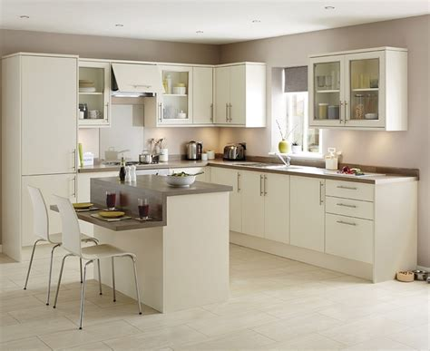 howdens kitchen cabinets greenwich ivory kitchen universal kitchens howdens joinery