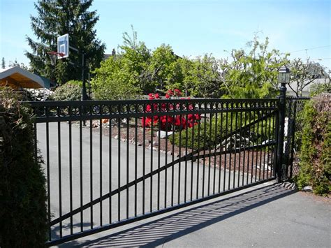 gate swing ornamental iron npr fence