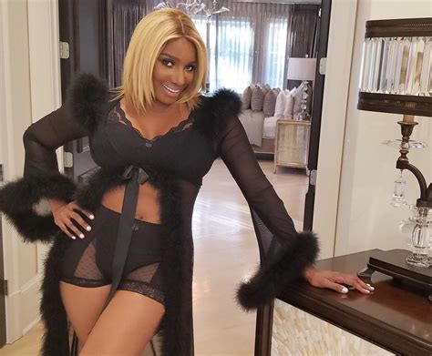 porsha williams throws massive shade at wendy williams the nene leakes throws shade with new photos after porsha