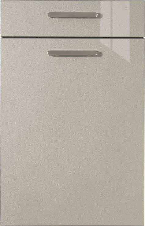 Günstige Küche Mit Elektrogeräten 105 by K 252 Chen L Form Mit Elektroger 228 Ten 6230 Made House Decor