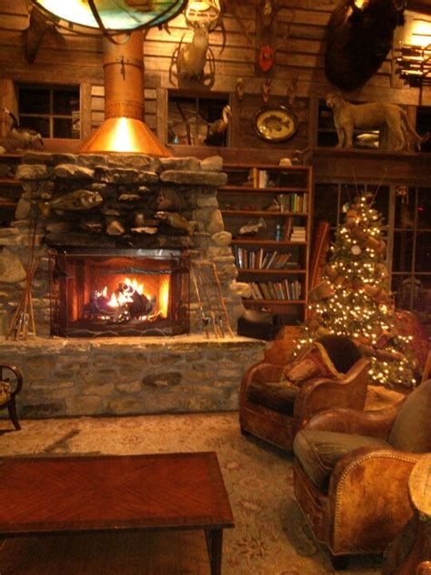 cozy fireplace cozy fireplace branson cabins that have something