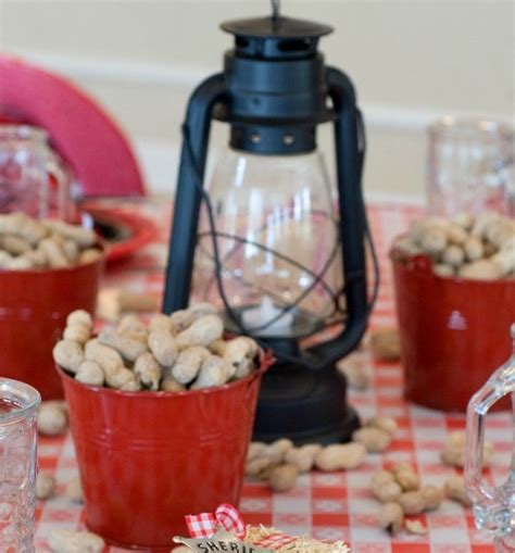 cowboy themed centerpieces western themed table decoration ideas country western