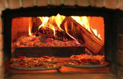 steinbackofen selber bauen pizzaofen selber bauen zubeh 246 r wie holzbackofent 252 r und