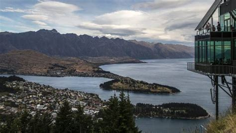 airbnb queenstown airbnb boom 20 000 listings and counting in new zealand