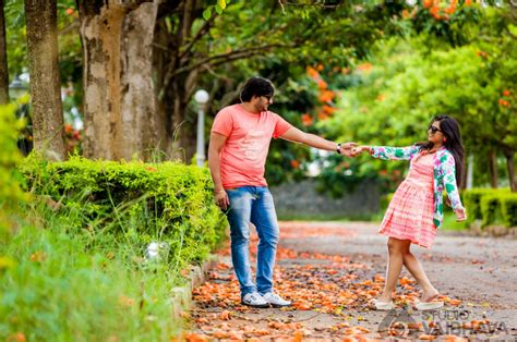 Pre Wedding Shoot Concept by Pre Wedding Photography Shoot Of Abhi And Mythri Studio