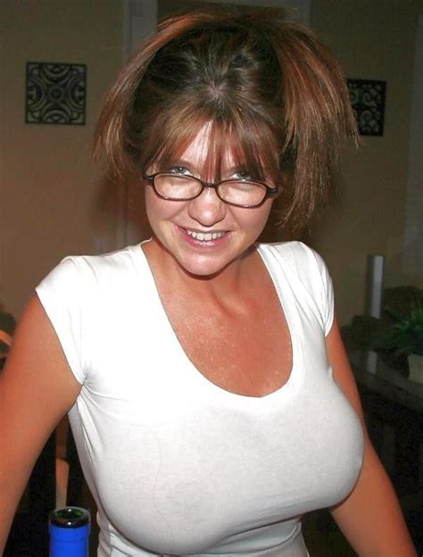 Just Great Big Old Tits Busty Mom Mature Beauty