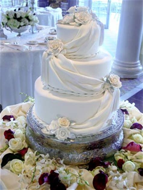 draping fondant pin country western wedding cake ideas cake on pinterest