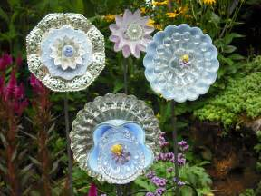 Garden Glass Flowers Using Recycled Glass To Make Flowers Diy Glass Flowers Thrifty Nw