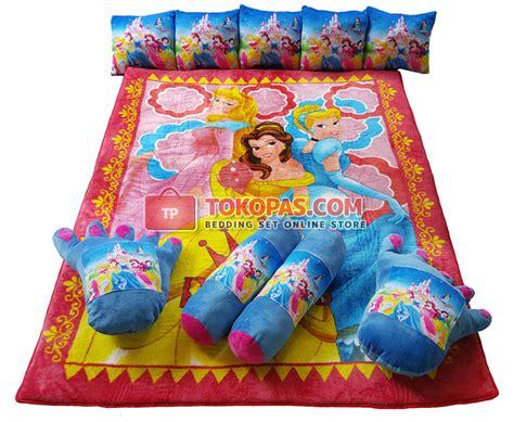 Karpet Crown karpet selimut set karakter lembut motif kartun dewasa